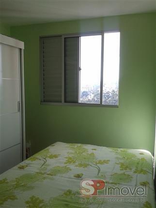 apartamento de 02 dormitórios com vaga na  vila carmosina