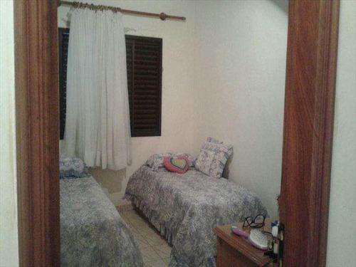 apartamento de 02 dormitórios no centro do caiçara ref. 402200 - v402200