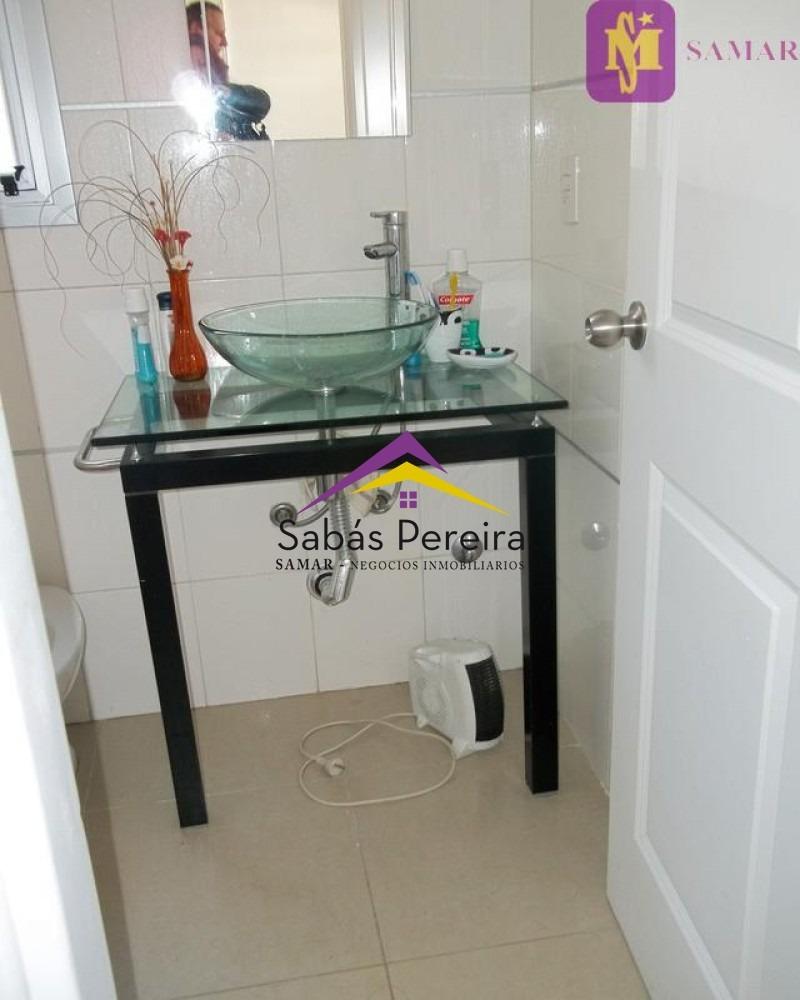 apartamento de 1 dormitorio playa mansa venta- ref: 38444