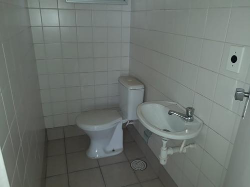 apartamento de 2 dormitórios, 2 banheiros. telma 80457