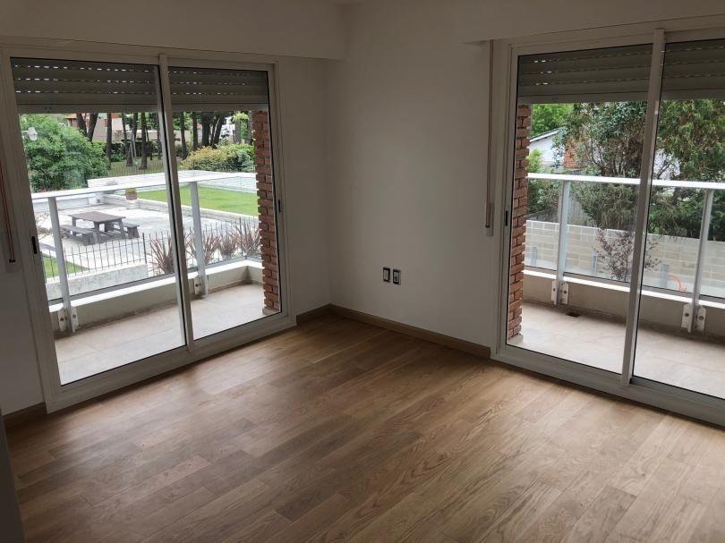 apartamento de 2 dormitorios a estrenar en carrasco , sobre avda italia