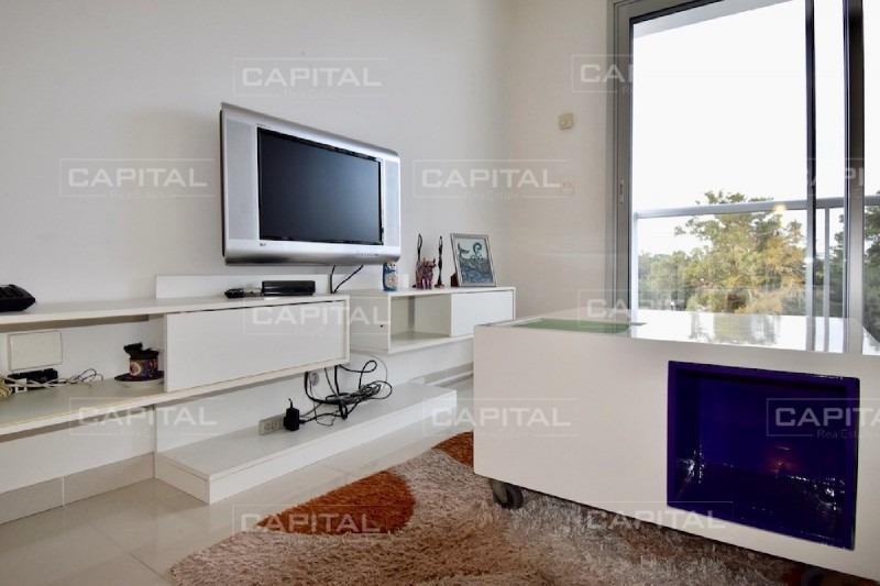 apartamento de 2 dormitorios avda. roosevelt punta del este - buena inversión-ref:26791