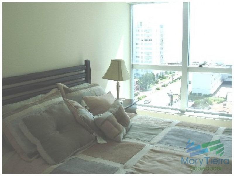 apartamento de 2 dormitorios en alquiler y venta... en punta del este-ref:2