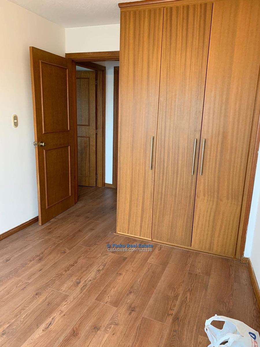 apartamento de 2 dormitorios en plena rambla