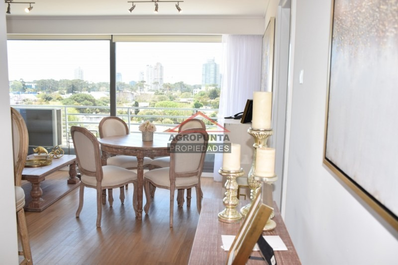 apartamento de 2 dormitorios en torre de categoría -ref:5099