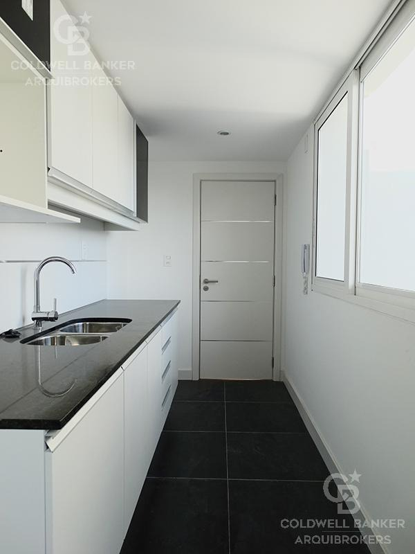 apartamento de 2 dormitorios en venta en buceo