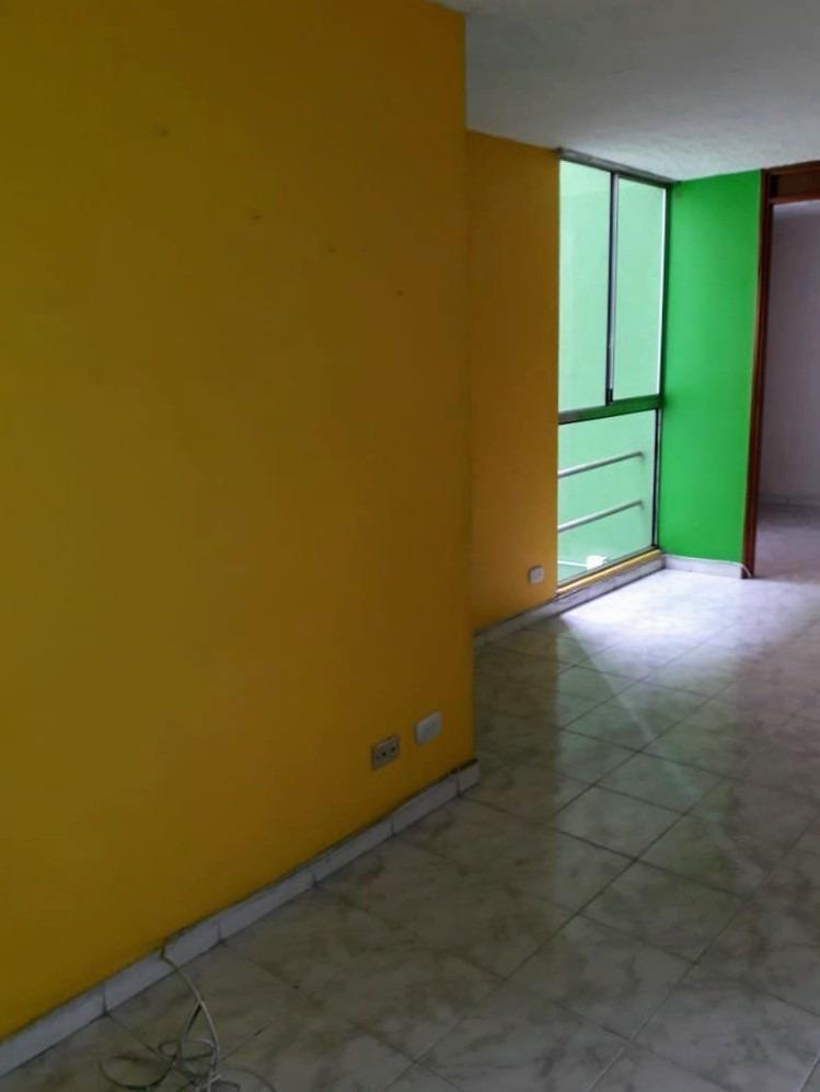 apartamento de 2 habitaciones,cocina, un baño y sala comedor