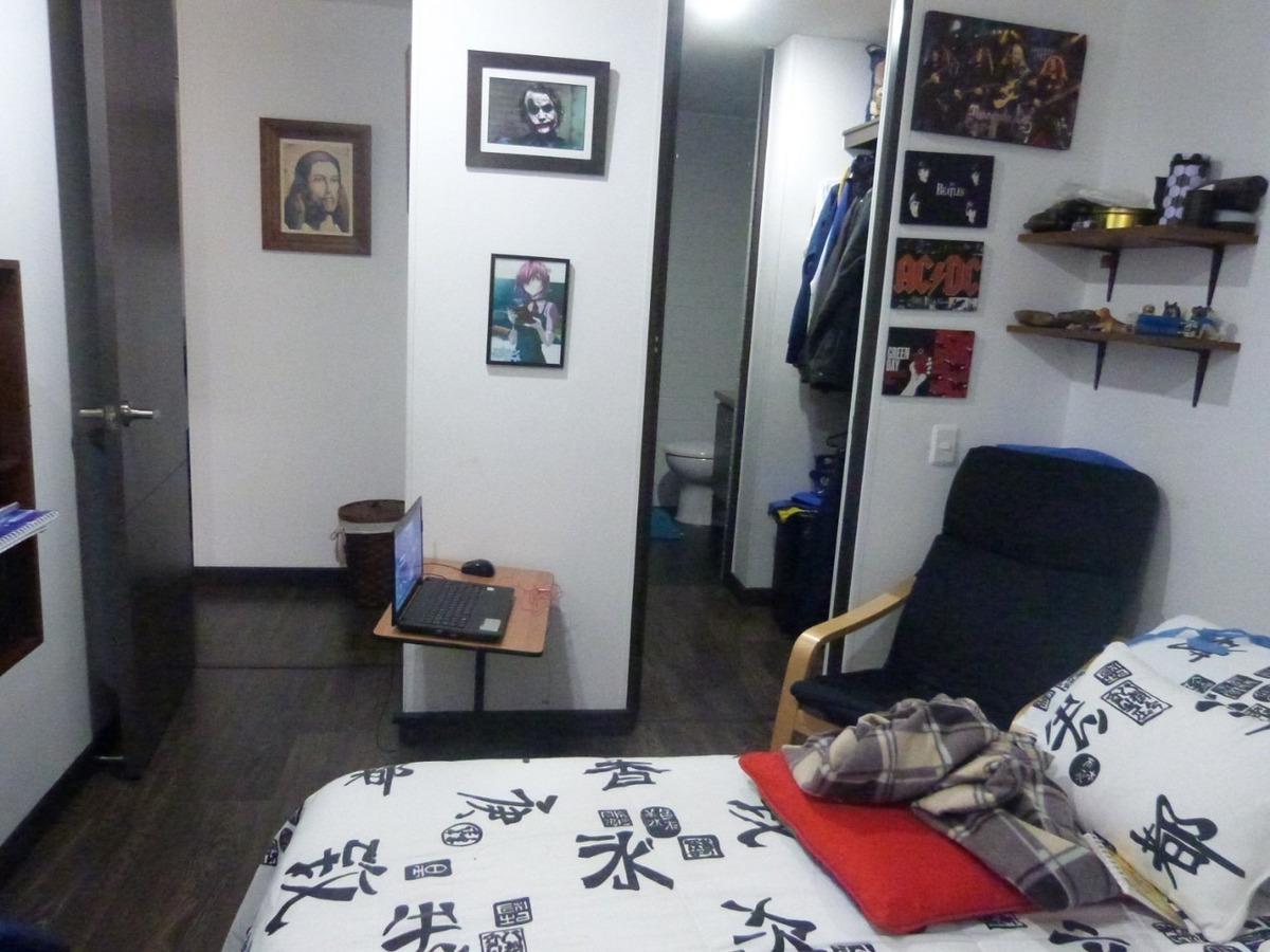 apartamento de 2 pisos, 3 habitaciones, 4 baños