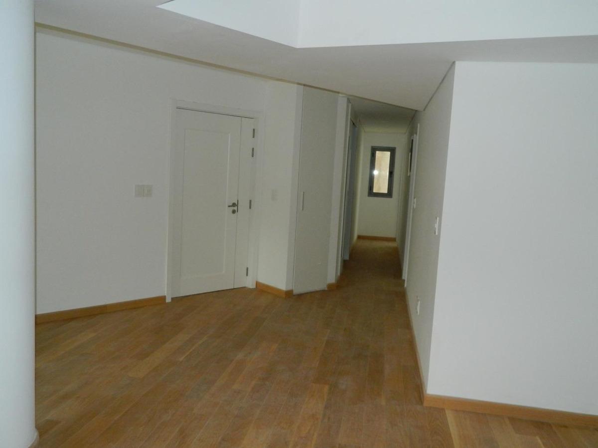 apartamento de 2 suites. con terraza y garaje.