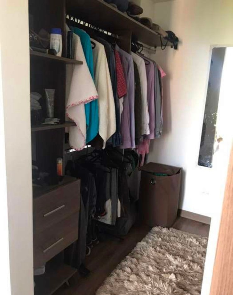 apartamento de 3 alcobas más estudio y 2 baños