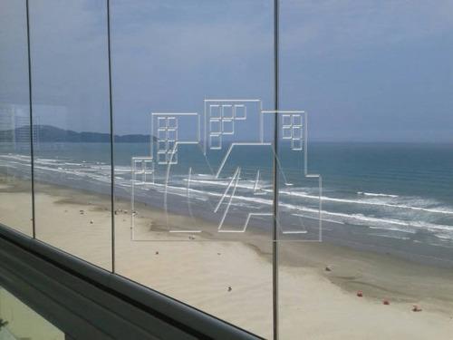 apartamento de 3 dormitórios em frente ao mar