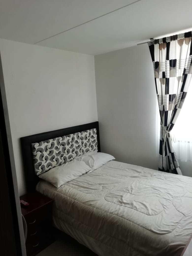 apartamento de 3 habitaciones y un baño