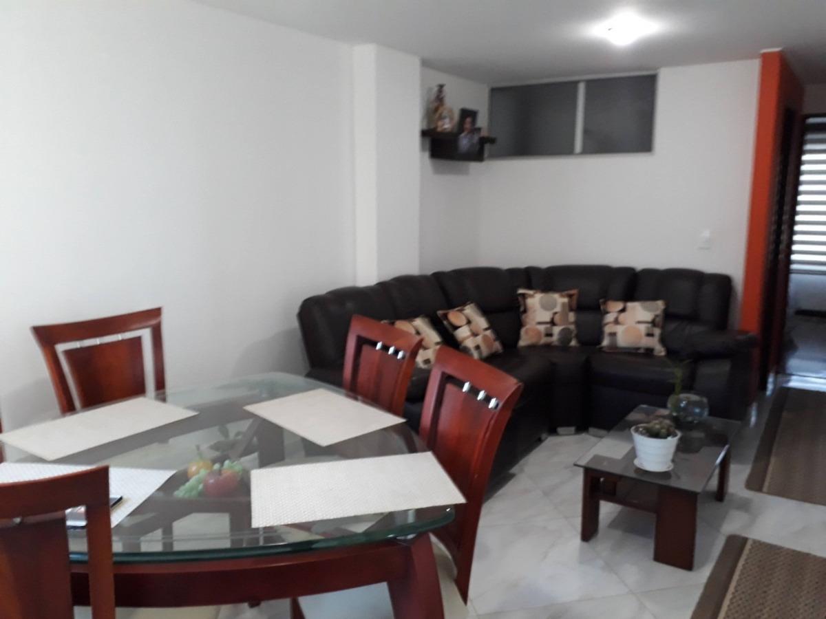 apartamento de 3 habitaciones,2 baños,patio y garaje