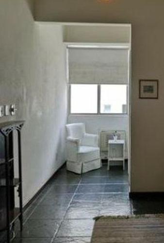 apartamento de 55m² com 1 quarto, na quadra da praia de charitas. - ap2624