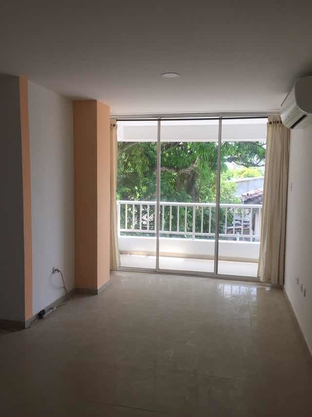 apartamento de 85 mtrs2 cerca aeropuerto y centro histórico.