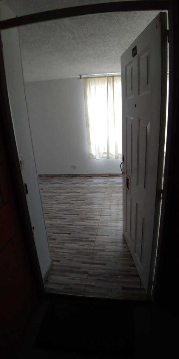 apartamento de dos habitaciones, sala comedor, cocina