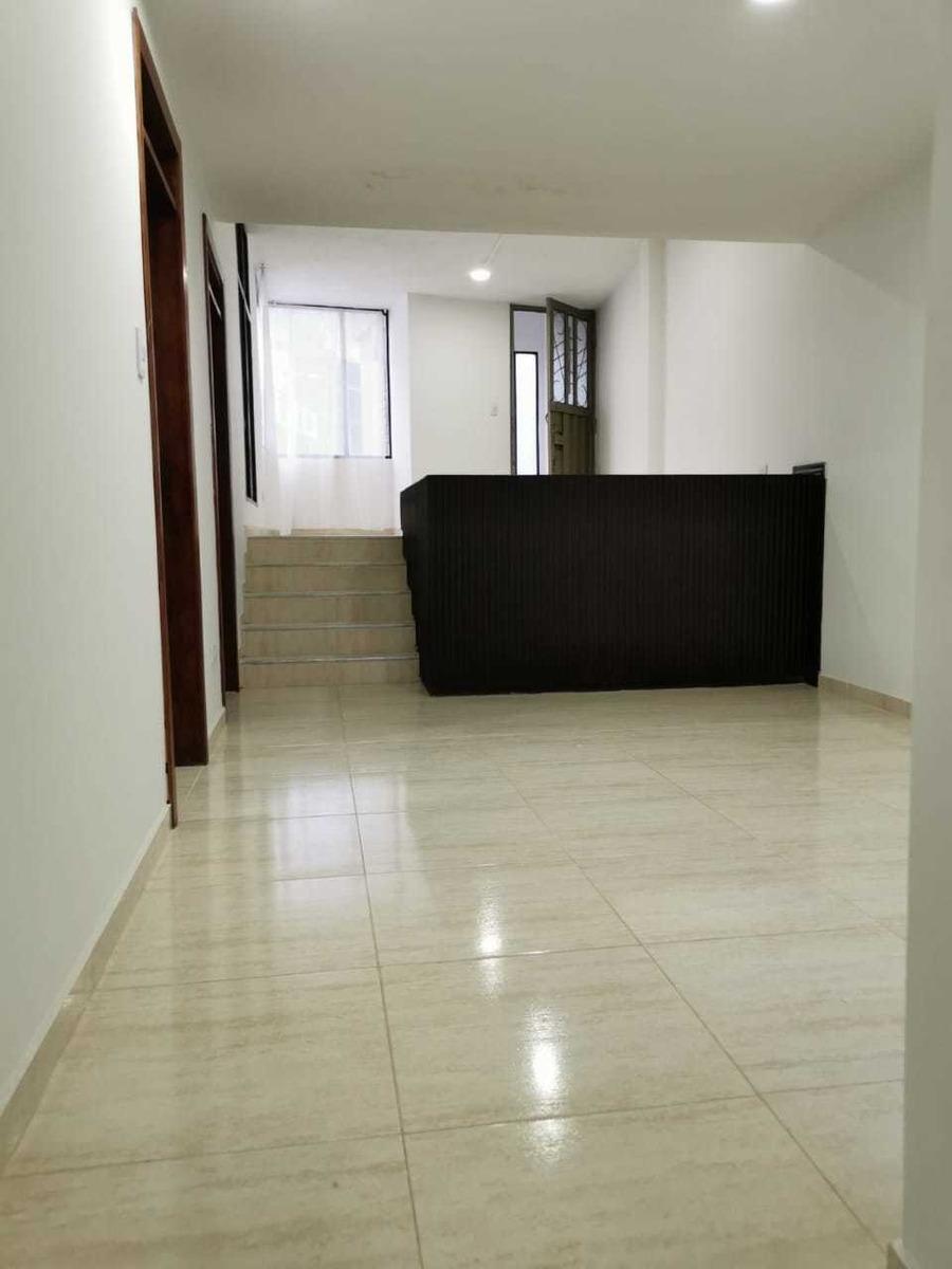 apartamento de dos pisos cerca a hospital san pedro