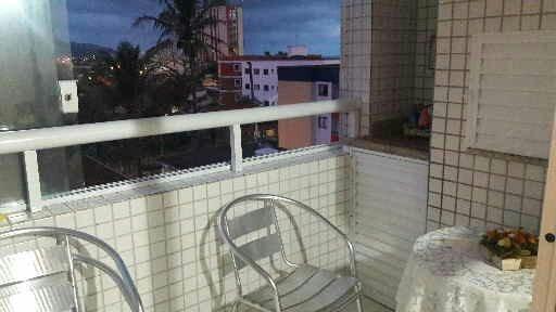 apartamento de frente ao mar com 2 dormitórios
