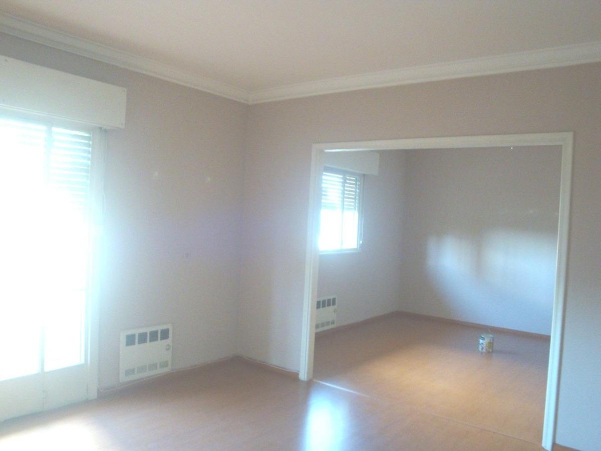 apartamento de tres dormitorios