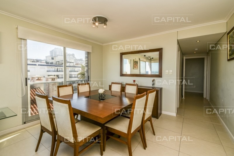 apartamento de tres dormitorios con vista al mar - península- ref: 28937