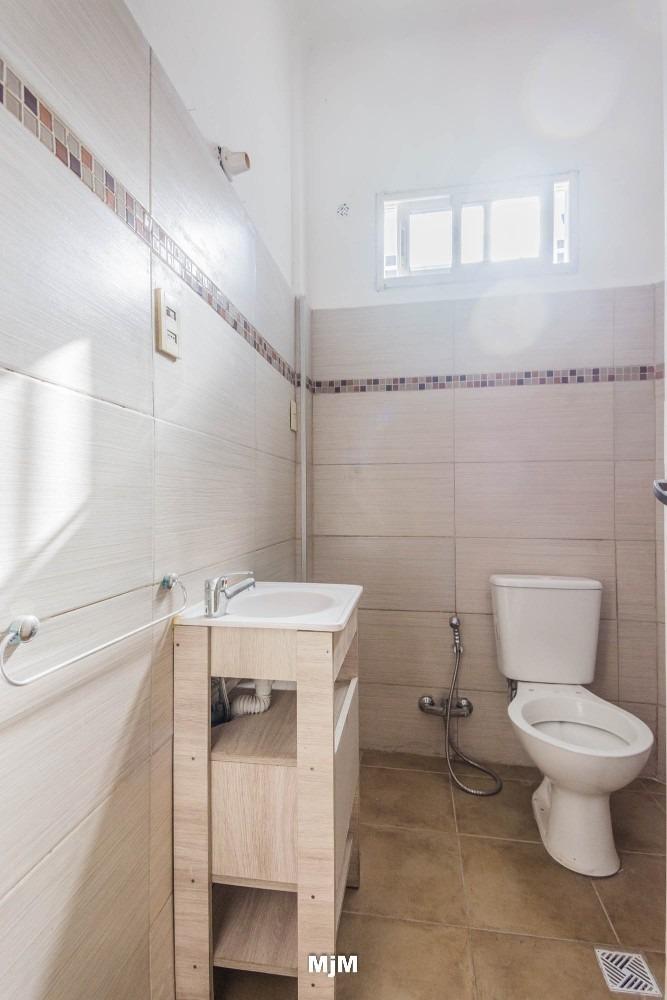 apartamento de un dormitorio en 3 cruces ideal inversores!