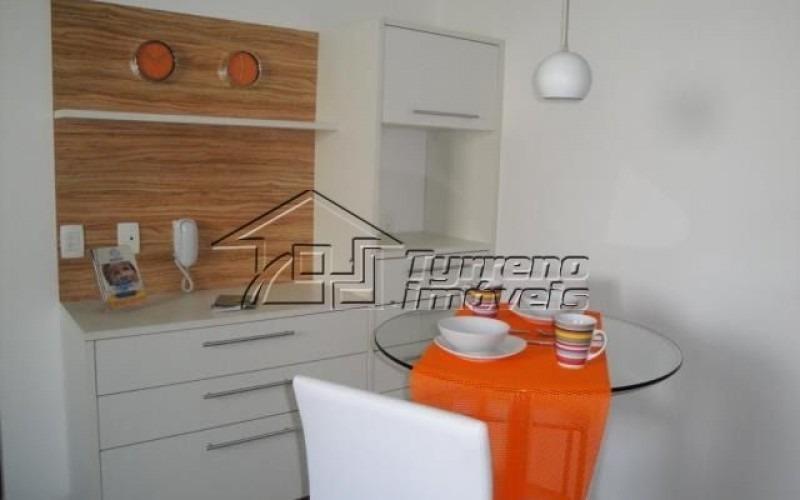 apartamento decorado, 4 dormitórios, 1 suíte, 2 vagas no jardim esplanada