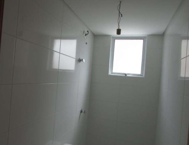 apartamento decorado no saguaçu | excelente localização | 01 suíte + 02 dormitórios | realize seu sonho - sa00080 - 32095079