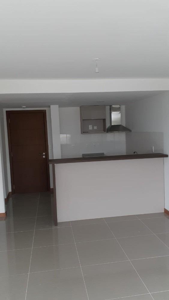 apartamento dos dormitorios con garage altos de bulevar