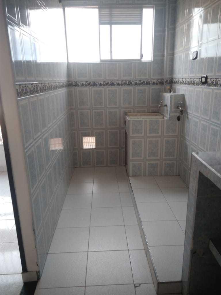 apartamento dos habitaciones amplias un baño