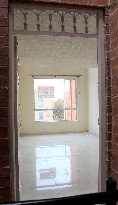 apartamento duplex 3 habitaciones 2 baños y parqueadero priv
