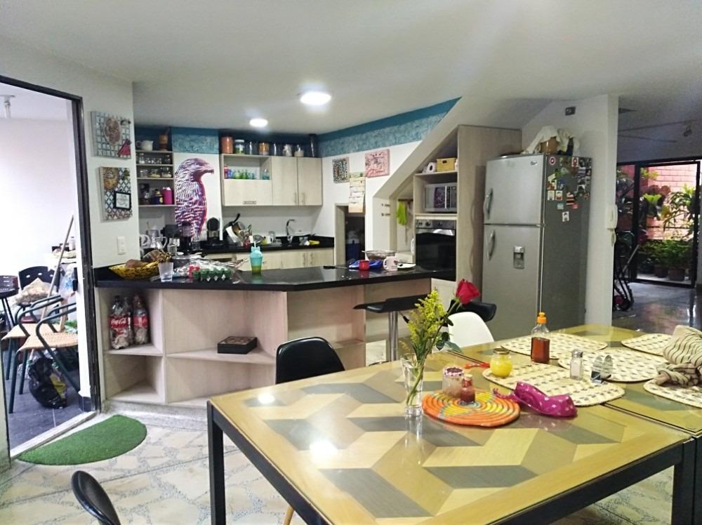 apartamento duplex en el mejor punto de laureles