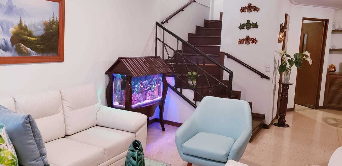 apartamento duplex en venta - sector conquistadores cod: 19734