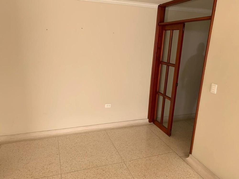 apartamento duplex excelentemente ubicado