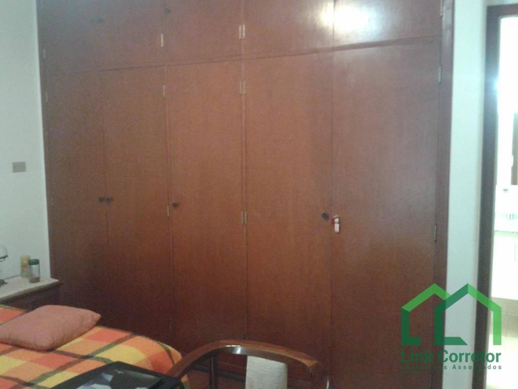 apartamento em andar alto, 2 vagas, bairro tranquilo, imóvel muito bem conservado. - ap1024