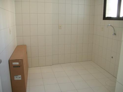 apartamento em centro histórico com 1 dormitório - lu260981