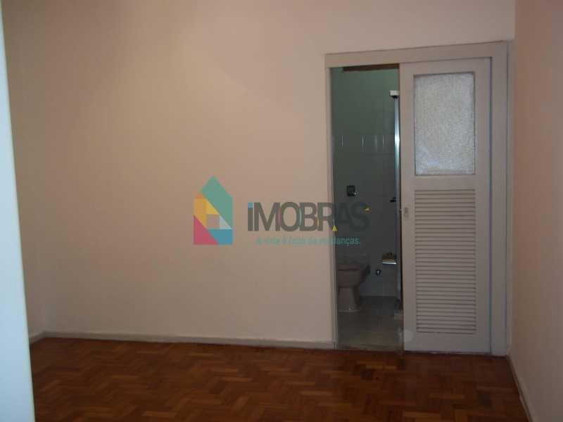 apartamento em copacabana na quadra da praia de 2 quartos, suíte dependências completas! - ap1030