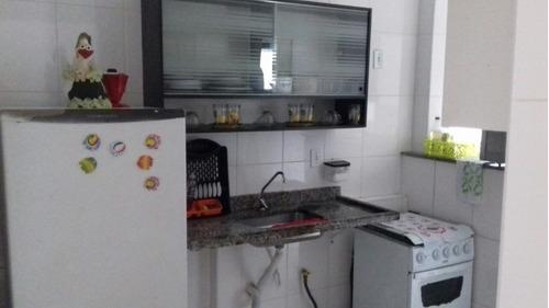 apartamento em mongaguá com 02 dormitórios. c6541