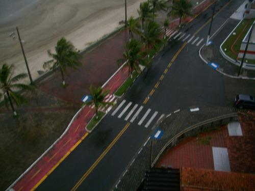 apartamento em mongaguá  de frente a praia