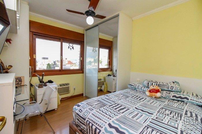 apartamento em petrópolis com 3 dormitórios - ev3933