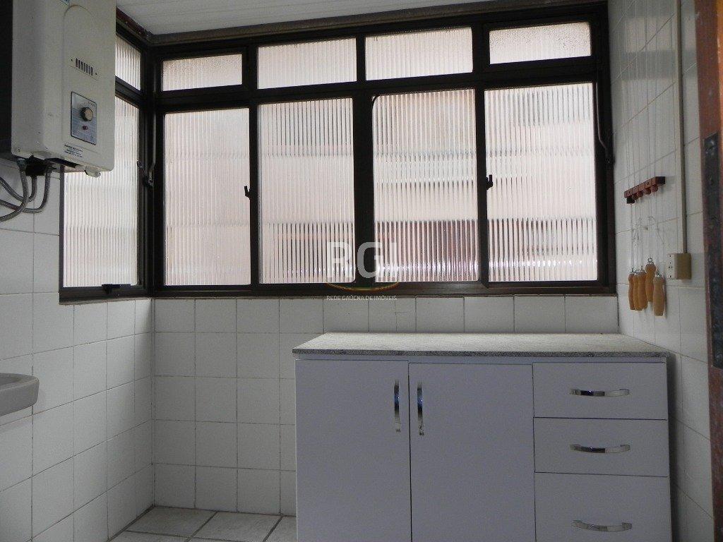 apartamento em petrópolis com 3 dormitórios - li50878233