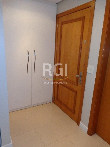 apartamento em petrópolis com 3 dormitórios - vp85103