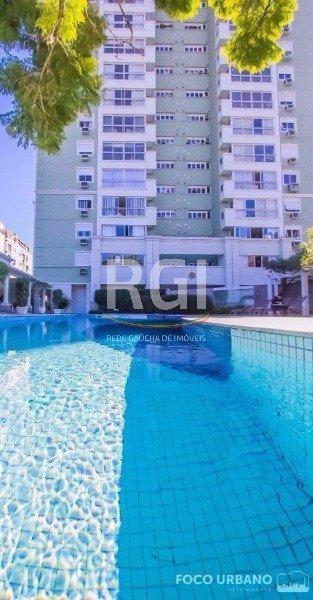 apartamento em petrópolis com 3 dormitórios - vp85767