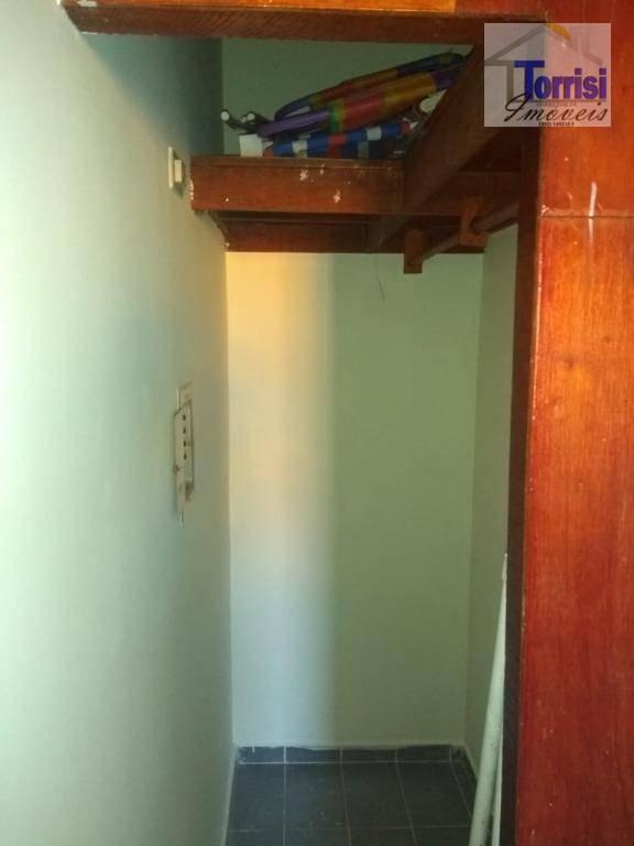 apartamento em praia grande, 01  dormitório, sala, cozinha, wc social, 01 vaga de garagem. - ap1898
