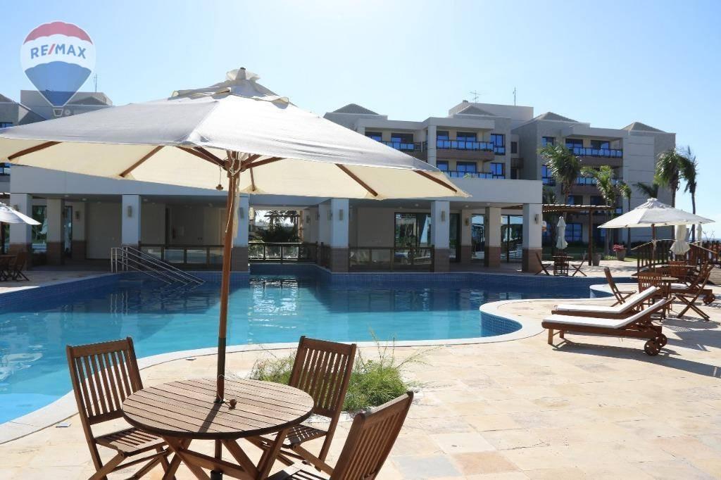 apartamento em resort com vista mar na praia do cumbuco - ap0247