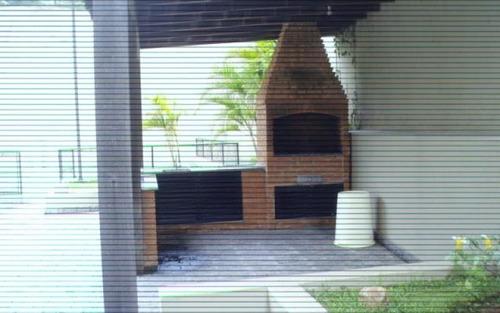 apartamento em rua tranquila e arborizada,morumbi,são paulo