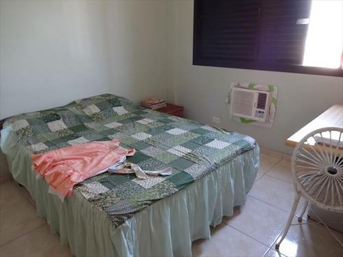 apartamento em santos, no bairro encruzilhada - 2 dormitórios