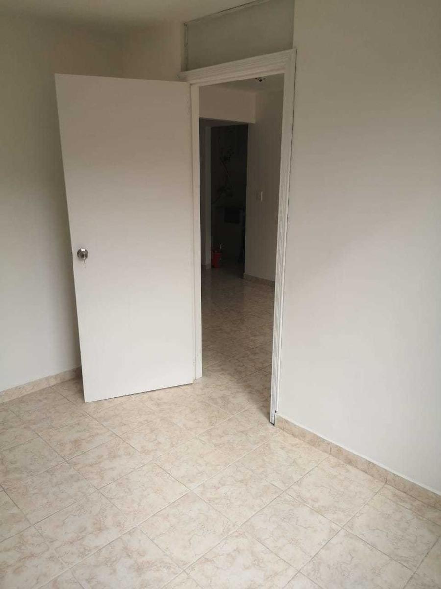 apartamento en 3er piso. 3 alcobas