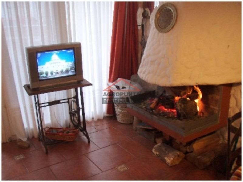 apartamento en aidy grill, 1 dormitorios *-ref:2132