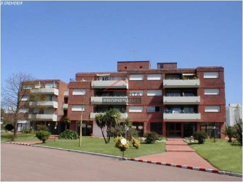 apartamento en aidy grill, 2 dormitorios *-ref:2300