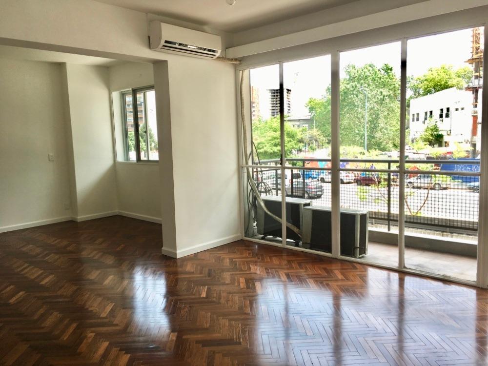 apartamento en alquiler, 3 dormitorios y servicio